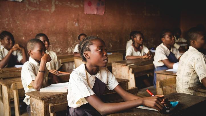 classroom-1866519_1920